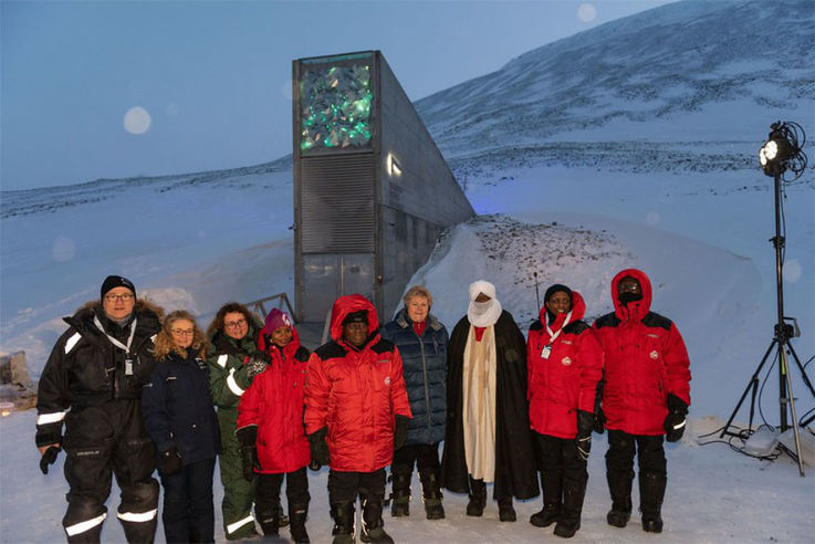 Bei der grossen Einlagerung waren unter anderem Norwegens Premierministerin Erna Solberg und ihr
