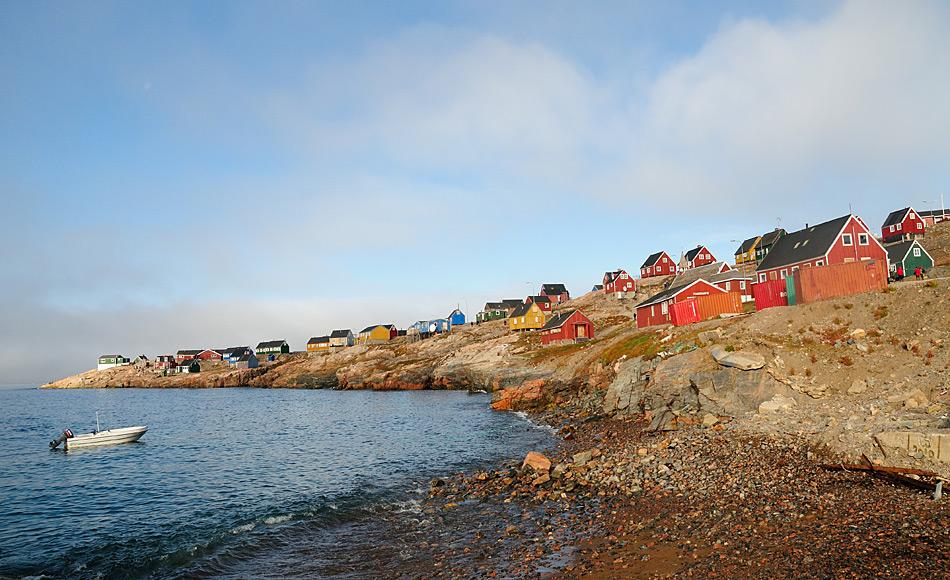 Die Probleme, die kleine arktische Gemeinden wie beispielsweise Ittoqqortoormiit in Ostgrönland haben, sind nicht natürlich, sondern zivilisationsbedingt und daher ursprünglich menschlicher Natur. Bild: Michael Wenger
